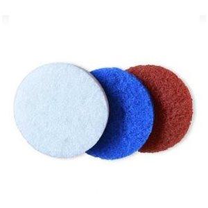 Scrubber pad fine white for delicate surfaces.